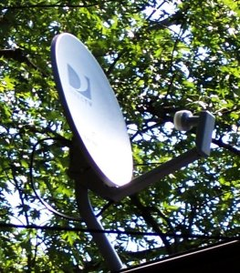 Directv_satellite_on_house_roof